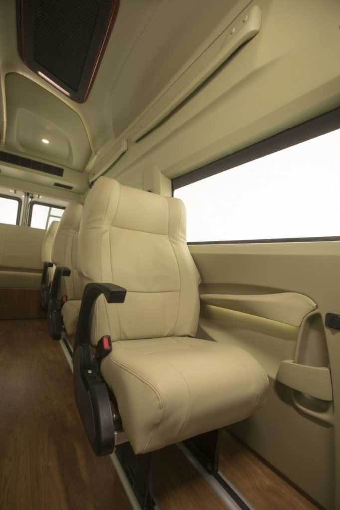 coach rental, bus hire in delhi, India