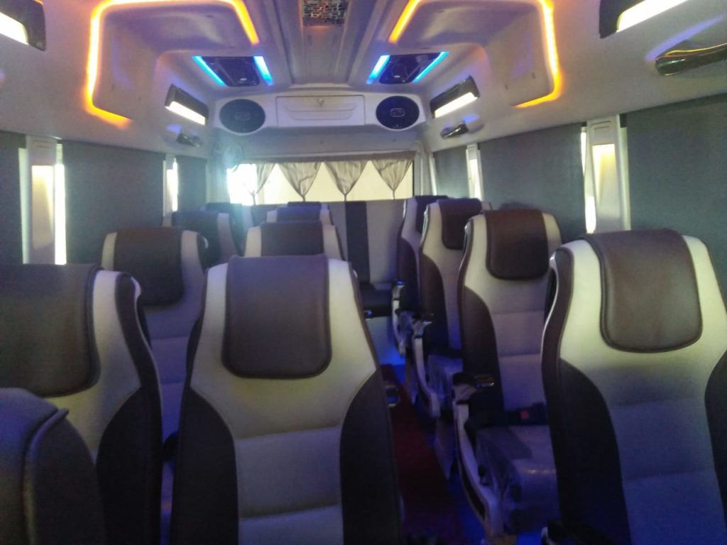 Traveller hire in Gurgaon